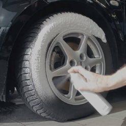 Chai Xit Bot Ve Sinh Va Bao Duong Lop Sonax Tyre Care 400ml