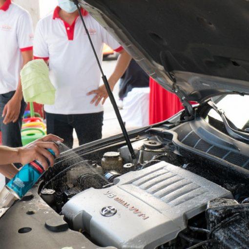 Dung dịch Vệ sinh khoang máy ô tô 3M Foaming Engine Degreaser 467g