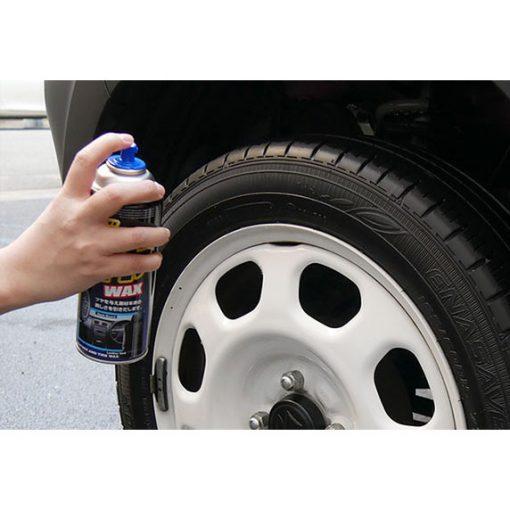 Chai xịt dưỡng bóng da nhựa lốp xe Soft99 Leather & Tire Wax 420ml